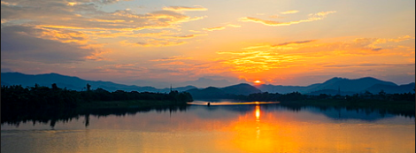 Sunset over the Huong river