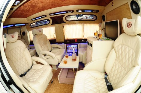 Saigon Luxury Car