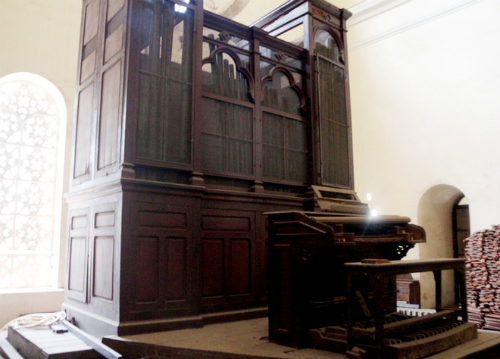 The old organ in the Cathedral