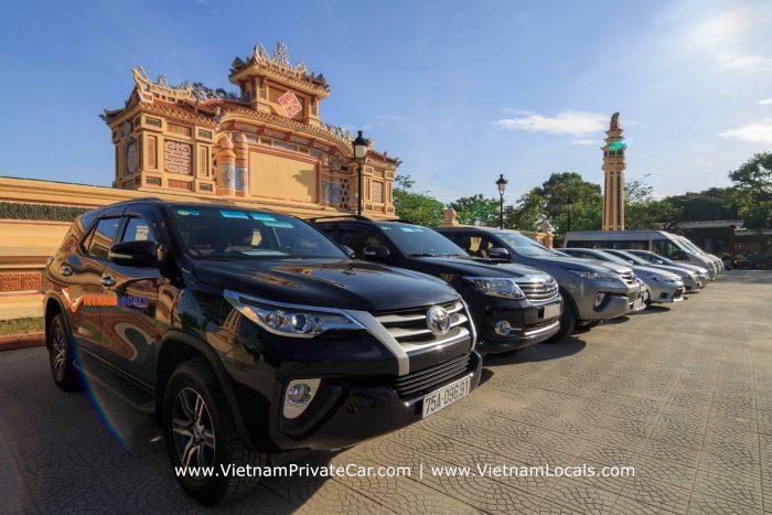 VietnamPrivateCar-VietnamLocals